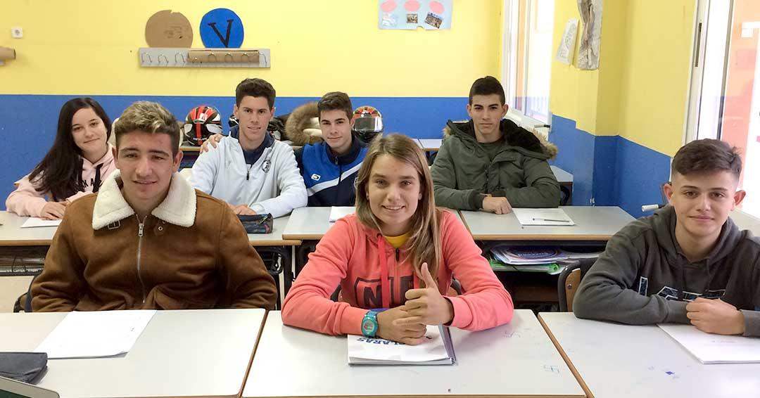 Claudia León visita a los alumnos de FP del Grado Medio en Deporte