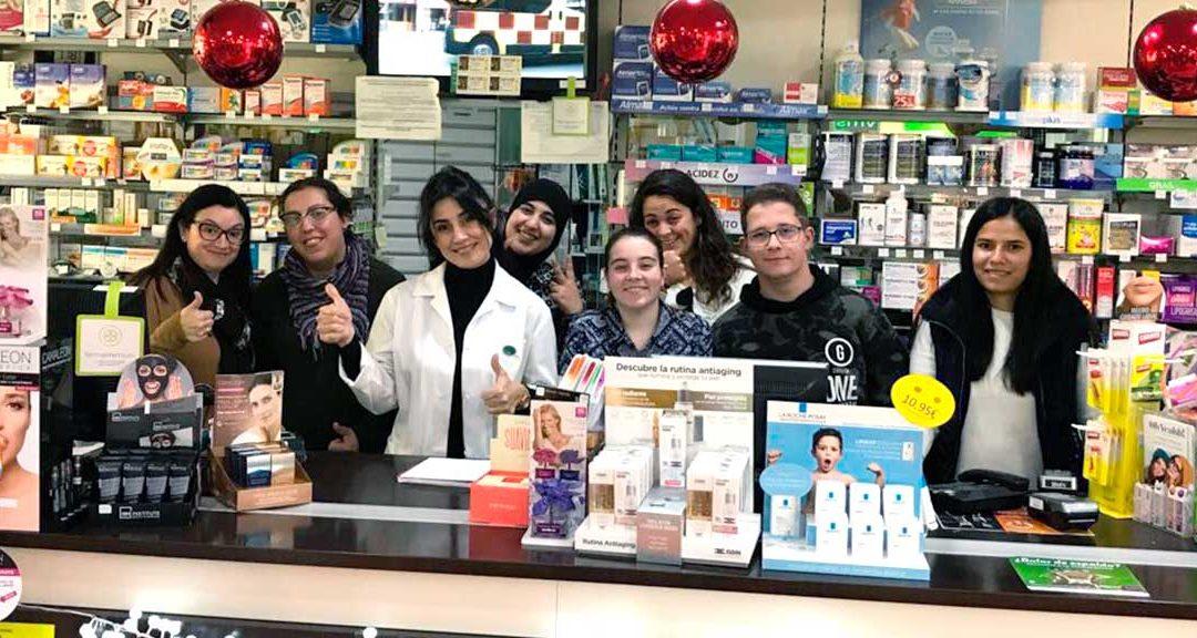 Nos colamos en la Farmacia con los alumnos de 1º de FP